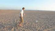 David Beckham in spiaggia fa 3 su 3