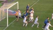 Denis colpisce il palo da zero metri contro il Milan