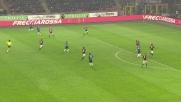Donnarumma in due tempi blocca il tiro di Brozovic nel derby di Milano