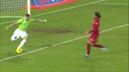 Dribbling secco di Sorrentino contro il Cagliari