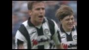 Un goal meraviglioso di testa di Bierhoff tiene in corsa l'Udinese contro il Milan