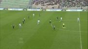 Keita Balde calcia sull'esterno della rete una buona occasione per la Lazio