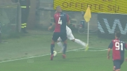 Edenilson mura il tiro di Kovacic in Genoa-Inter