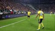 Botta di sinistro di Hernanes ma Buffon non fa sconti e devia in angolo allo Juventus Stadium