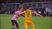 Morganella e Wszolek litigano vistosamente e l'arbitro li espelle entrambi