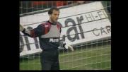 Sebastiano Rossi blocca la punizione di Bergkamp nel derby