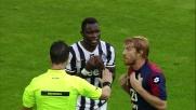 Fallo di Biondini su Asamoah: per l'arbitro è rigore, tra le proteste del Genoa