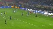 Felipe Anderson segna a San Siro il goal del vantaggio laziale