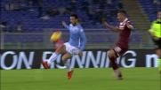 Felipe Anderson si lancia in contropiede con un pallonetto