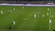Fiorentina in vantaggio al Bentegodi con la sfortunata autorete di Rafa Marquez