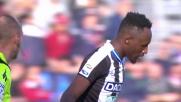 Fofana si scontra con l'arbitro e cade in Cagliari-Udinese