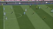 Gabbiadini finalizza sul palo la verticalizzazione di Hamsik contro il Verona