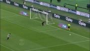 Gargano prende un palo dalla distanza contro l'Udinese