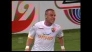 Goal caparbio di De Rossi che tiene in corsa la Roma contro il Genoa