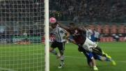 Goal di mano di Balotelli in Milan-Juventus