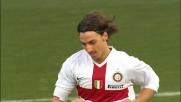 Goal in pallonetto col destro, la magia di Ibrahimovic spiazza il Genoa