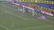 Handanovic non si fa beffare dal tiro da posizione impossibile di Ekdal