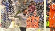 Handanovic si allunga e respinge la conclusione deviata di Hernanes