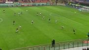 Honda dalla lunga distanza realizza il goal del 2-0 contro il Genoa