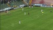 Ibarbo stoppa bene sul fondo ma cede la palla sotto la pressione dell'Inter