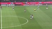 Ibrahimovic cerca il filtrante per Pato, ma la Juventus si salva