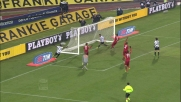 Isla servito da Armero segna il goal del 2-0 alla Roma