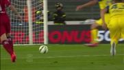 Il Chievo esulta grazie a Meggiorini che realizza il goal vittoria su assist di Paloschi