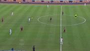 Il destro di Okaka scheggia la traversa, sfiorato il goal del Bari