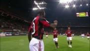 Il goal da punizione di Seedorf porta in vantaggio il Milan al Meazza