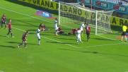 Il palo e la buona sorte salvano il Cagliari dagli attacchi della Sampdoria