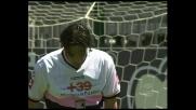 Il palo ferma Toni e il Palermo