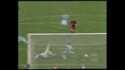 Il palo nega il goal a Totti nel derby