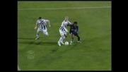 Il piede di De Sanctis salva l'Udinese dal goal di Manfredini