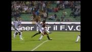 Innzaghi è padrone dell'area, ma il palo ferma la sua conclusione contro l'Udinese