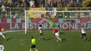 Inzuccata di Amauri, il Parma segna il goal del pareggio al Bari