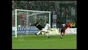 Esposito di testa segna il goal che porta il Cagliari sul 3-1 contro l'Inter