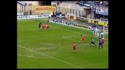 Elastico pazzesco di Ronaldo: dribbling in mezzo a due avversari