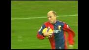 Figueroa segna il goal della bandiera del Genoa contro il Siena