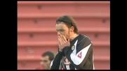 Jankulovski a giro su punizione, il palo gli nega il goal