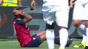 Joao Pedro calcia fuori disturbato da Berisha in Cagliari-Atalanta
