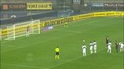 Jorginho batte Bajza dal dischetto per la seconda volta e il Verona passa in casa