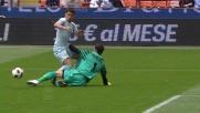 Julio Cesar atterra Zarate in uscita e viene espulso in Inter-Lazio