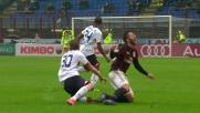 Rigoni perde palla e reagisce con un tackle falloso su Bertolacci