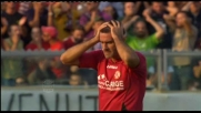 Lucarelli dimenticato dalla difesa del Milan sbaglia un goal di testa