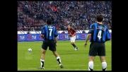 Kaladze realizza il goal vittoria per il Milan nel derby della Madonnina
