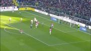 Karnezis contro la Juventus vola a deviare la conclusione di Asamoah