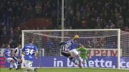 Karnezis para il colpo di testa di Fabio Quagliarella in Sampdoria-Udinese