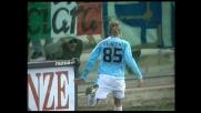 Percussione di Behrami: la Lazio trova il goal dell'1-0 a Firenze
