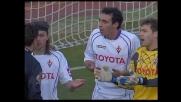 Kroldrup entra su Colucci in modo improprio per l'arbitro: rigore!