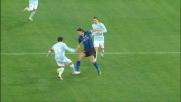 Ibrahimovic supera Ledesma a centrocampo in Lazio-Inter